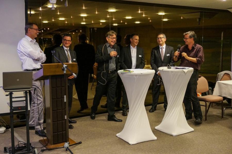 data connect - von links nach rechts: Daniel Röthlin, Jürg Baumgartner, Hanspeter Thür, Martin Haas, Patrick Schünemann, Urs Heinz Aerni